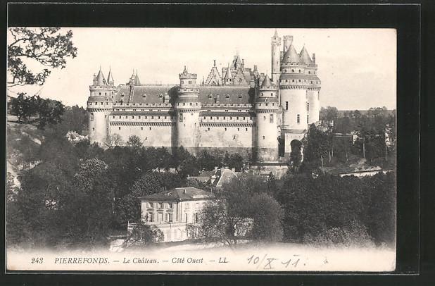 AK Pierrefonds, le château, côté ouest