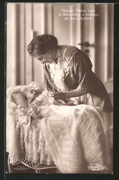 AK Victoria Louise Herzogin von Braunschweig mit dem Erbprinzen