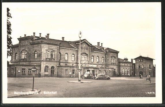AK Bernburg, Strassenpartie am Bahnhof