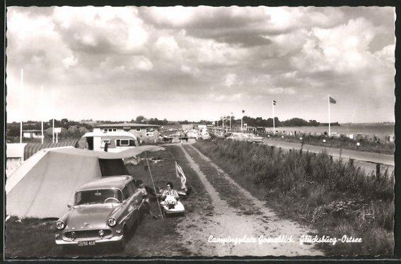 AK Glücksburg, Campingplatz Grenzblick, Motiv mit Opel