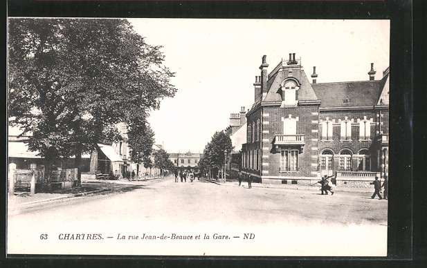 AK Chartres, la rue Jean-de-Beauce et la Gare