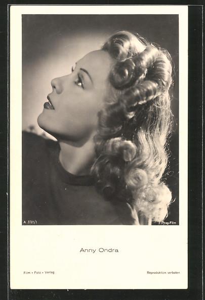 AK Profilportrait der Schauspielerin Anny Ondra