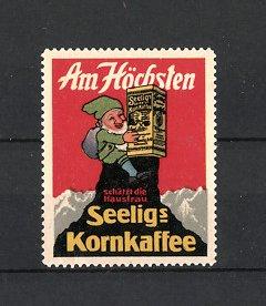 Reklamemarke Heilbronn, Seelig's Korn-Kaffee, Emil Seelig AG, Bergsteiger-Zwerg mit Packung auf einem Berggipfel