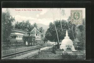 AK Kandy, Temple of the Holy Tooth