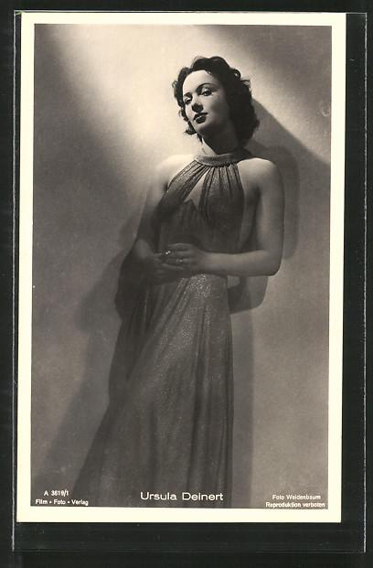AK Schauspielerin Ursula Deinert im Kleid porträtiert