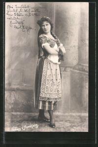 AK Schauspielerin Hedwig von Haentjenz im Kleid posierend