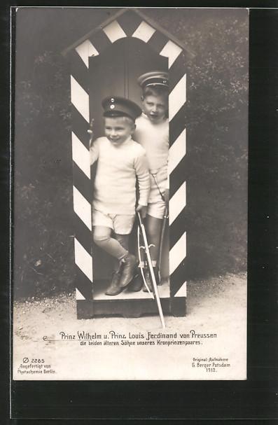 AK Prinz Wilhelm und Prinz Louis Ferdinand die beiden älteren Söhne des Kronprinzenpaares
