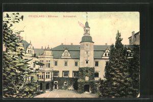 AK Friedland / Frydlant, Partie im Schlosshof