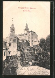 AK Friedland / Frydlant, Schloss mit Schlosshof