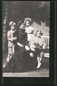 AK Königshaus von Belgien, Madame la Comtesse de Flandre avec les Princes Léopold et Charles et la Princesse Marie-Jose