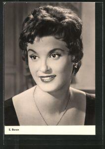 AK Schauspielerin E. Baron lächelnd mit Halskette posierend
