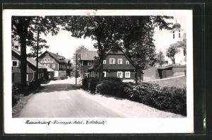 AK Harrachsdorf, Strassenpartie mit Hotel Erlebach