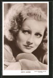 AK Schauspielerin Portrait Greta Garbo