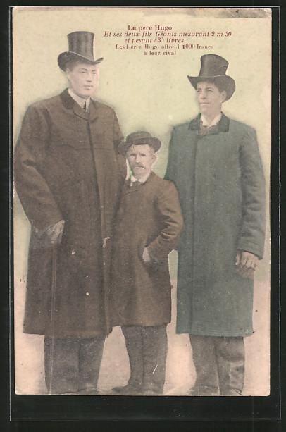 AK La père Hugo et sex deux fils Géants, Vater mit riesenwüchsigen Söhnen