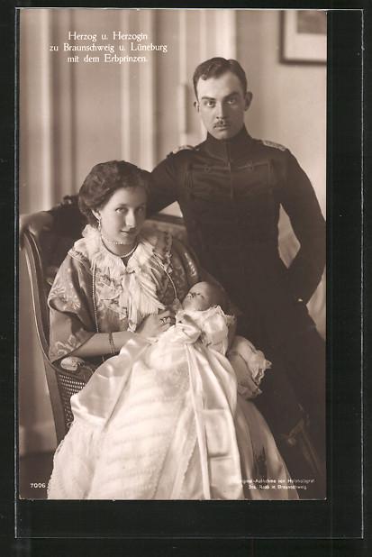 AK Victoria Louise Herzogin von Braunschweig mit dem Herzog und dem Erbprinzen