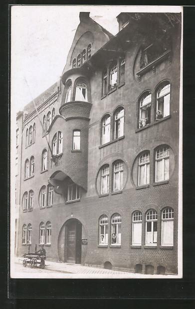 Foto-AK Erfurt, Wohnhaus in der Strasse Pfeiffergasse 15a