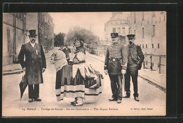 AK Douai, Cortège de Gayant, Sot des Cannoniers, The Gayant Retinue, Fasching