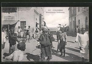 AK Colombo, Mascarade Indienne, Mann in Faschingskostüm