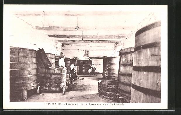 AK Pommard, Chateau de la Commaraine, la Cuverie, Weinfässer