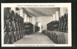 AK Jerez de la Frontera, Bodegas de Gonzalez Byass, Entrada a las Bodegas del conac San Pedro Nolasco, Cognacfässer
