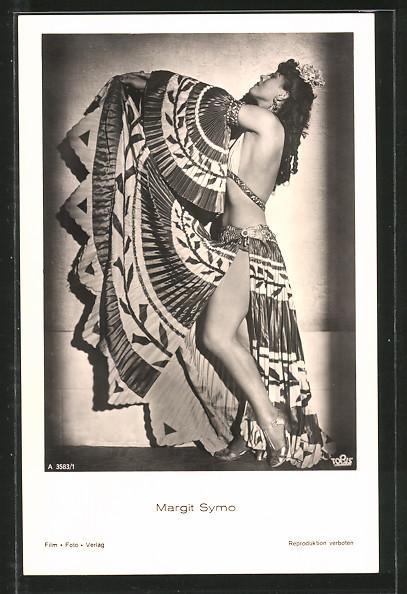 AK Schauspielerin Margit Symo in exotischen Kleid porträtiert