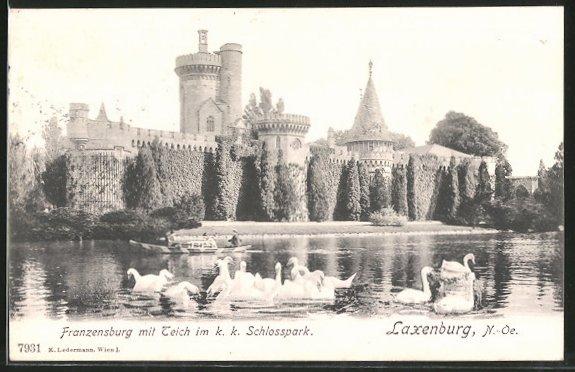 AK Laxenburg, Franzensburg mit Teich im K.k. Schloss, Schwäne