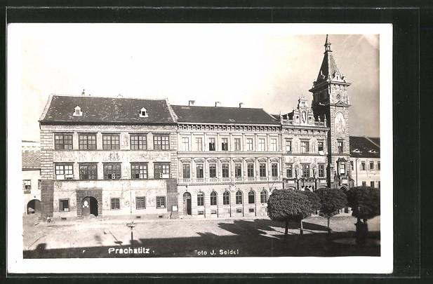 AK Prachatitz, Neues Rathaus am Stadtplatz