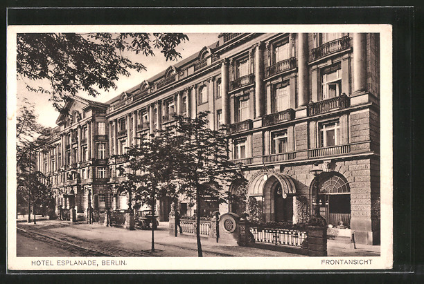 AK Berlin-Tiergarten, Hotel Esplanade, Frontansicht