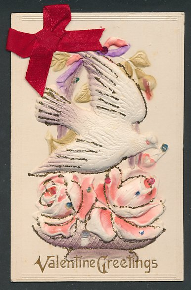 Präge-Airbrush-AK Valentine Greetings, weisse Taube mit Brief im Schnabel, Rosen