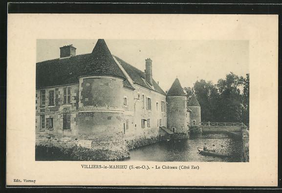 AK Villiers-le-Mahieu, Le Chateau