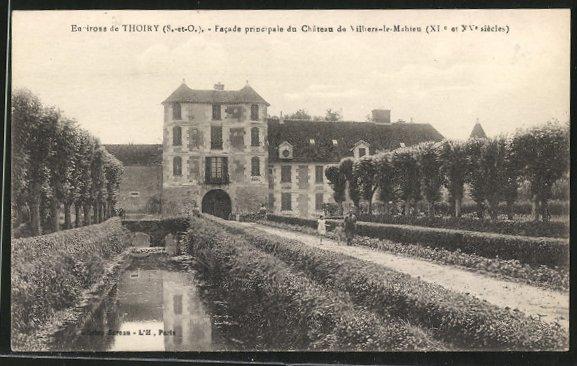 AK Villiers-le-Mahieu, Facade principale du Chateau