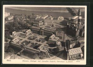 Foto-AK Walter Hahn, Dresden, Nr. 13009: Dresden, Luftbild mit Gemälde-Galerie und Opernhaus