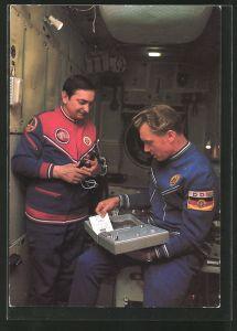 AK Kosmosflug UdSSR-DDR, Kosmonauten Bykowski und Jähn im Kosmonauten-Ausbildungszentrum