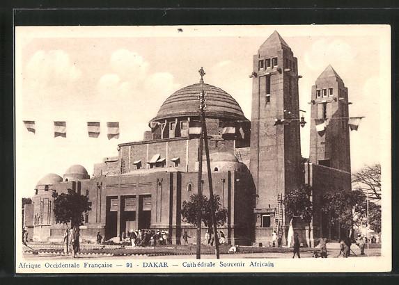AK Dakar, Cathédrale souvenir africain