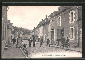 AK Lucy-le-Bois, Un coin du pays, Radfahrer