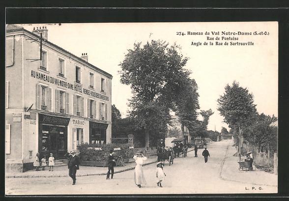 AK Argenteuil, Hameau du Val Notre-Dame, Rue de Pontoise angle de la rue de Sartrouville