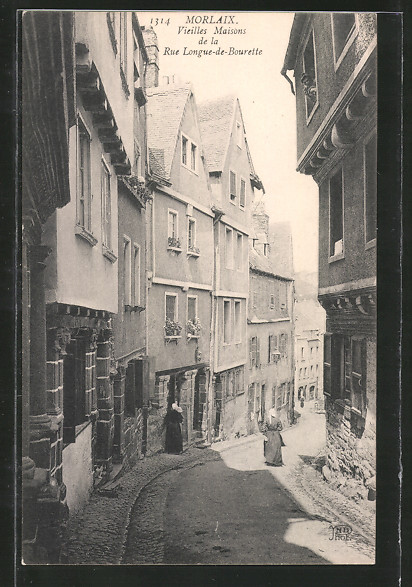 AK Morlaix, Vieille maisons de la rue Longue-de-Bourette