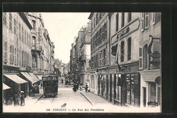 AK Lorient, Rue des Fontaines mit Strassenbahn