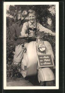 Foto-AK Motorrad NSU-Lambretta, kleiner Junge macht mit Mecki eine Fahrt ins Blaue