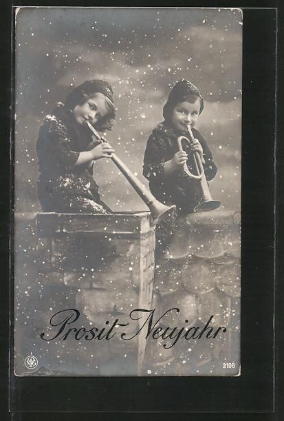 AK Schornsteinfeger mit Trompeten auf dem Dach