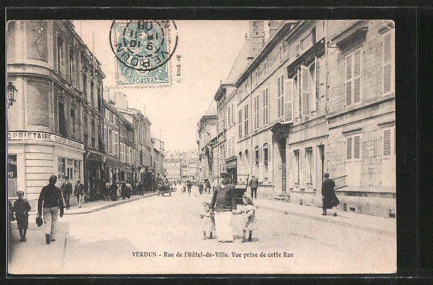 AK Verdun, Rue de l'Hotel de Ville, Vue prise de cette Rue