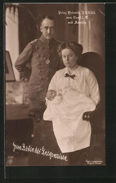 AK Prinz Heinrich XXXIII. von Reuss mit Familie