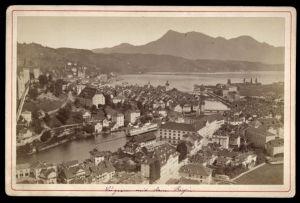 Fotografie Fotograf unbekannt, Ansicht Luzern, Panorama der Stadt mit Stadtmauer, Blick zum Rigi
