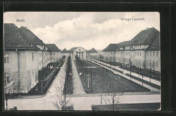 AK Berlin-Buch, Hof im Kriegs-Lazarett
