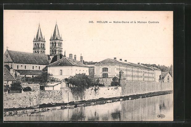 AK Melun, Notre Dame et la Maison Centrale