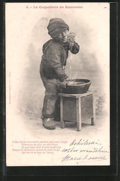 AK Schornsteinfeger wäscht sich das Gesicht