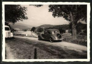 Fotografie Auto Mercedes Benz, PKW & LKW auf einer Landstrasse