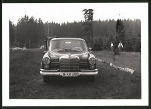 Fotografie Auto Mercedes Benz, Limousine mit Faltdach