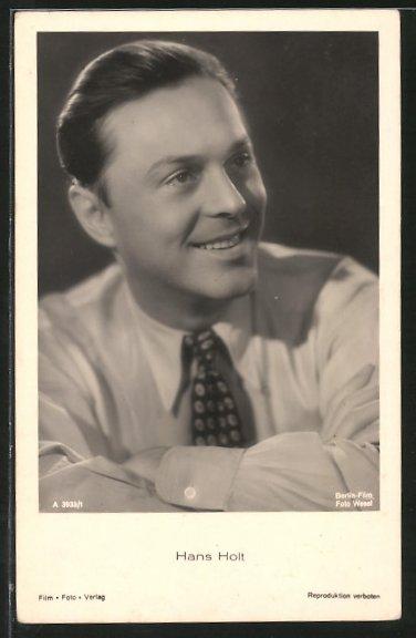 AK Schauspieler Hans Holt lächelnd zur Seite blickend