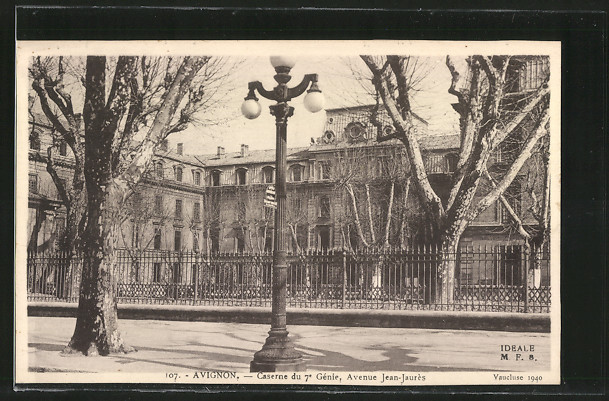 AK Avignon, Caserne du 7e Génié, Avenue Jean-Jaurés